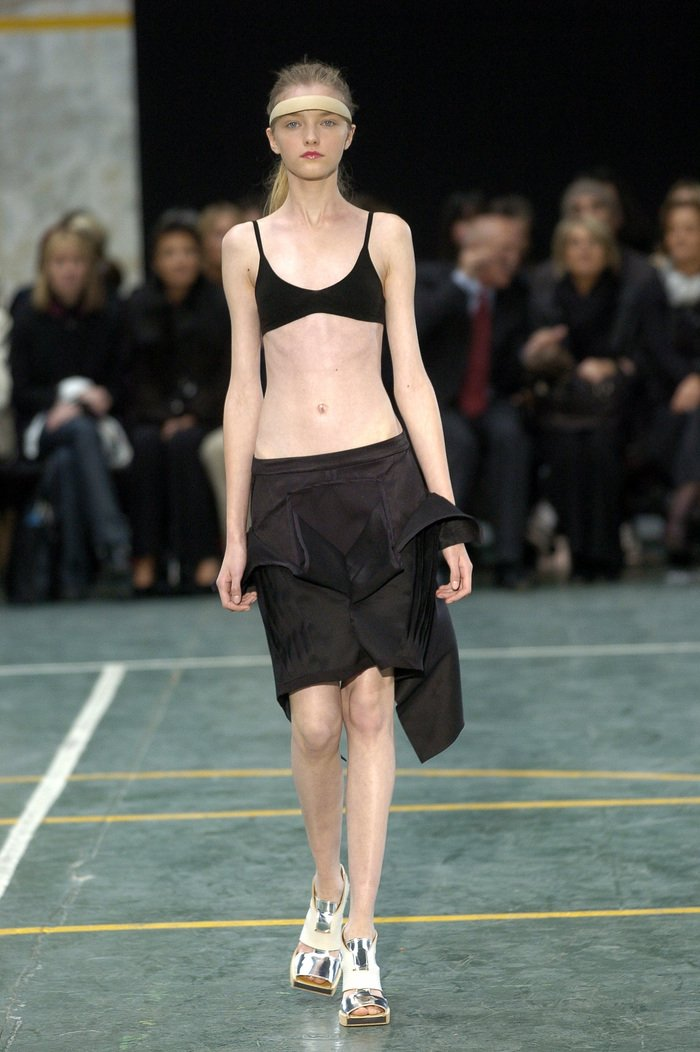Collections cover rick owens aw05 moog runway 03