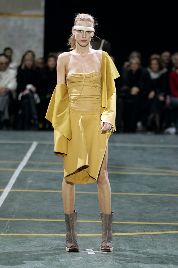 Collections cover rick owens aw05 moog runway 012