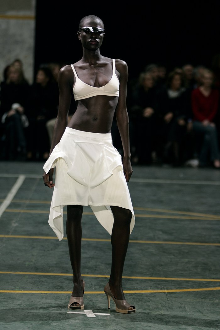 Collections cover rick owens aw05 moog runway 013