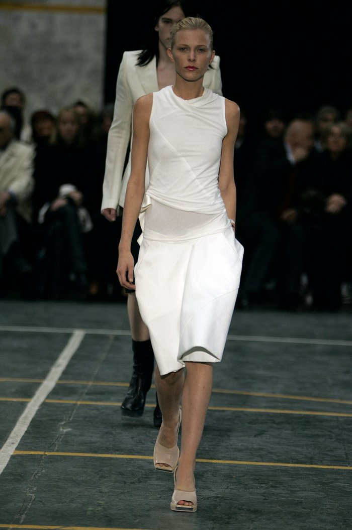 Collections cover rick owens aw05 moog runway 014