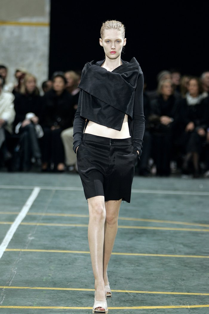 Collections cover rick owens aw05 moog runway 017