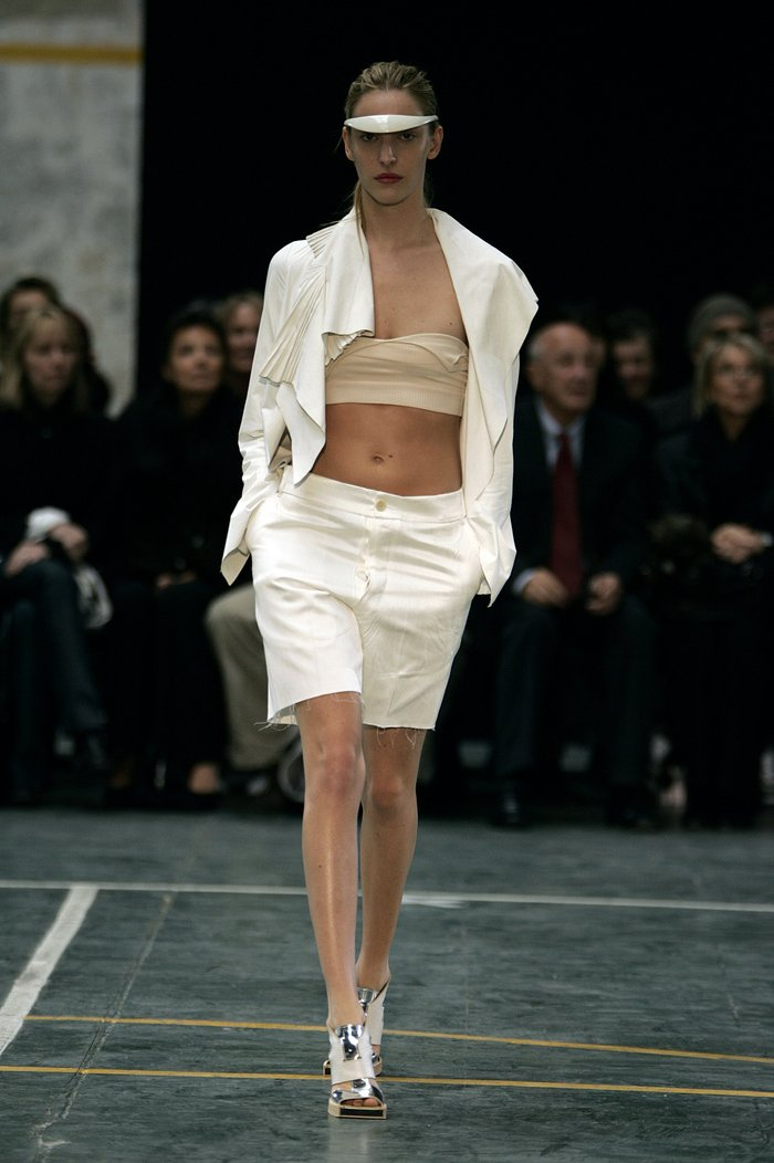 Collections cover rick owens aw05 moog runway 019