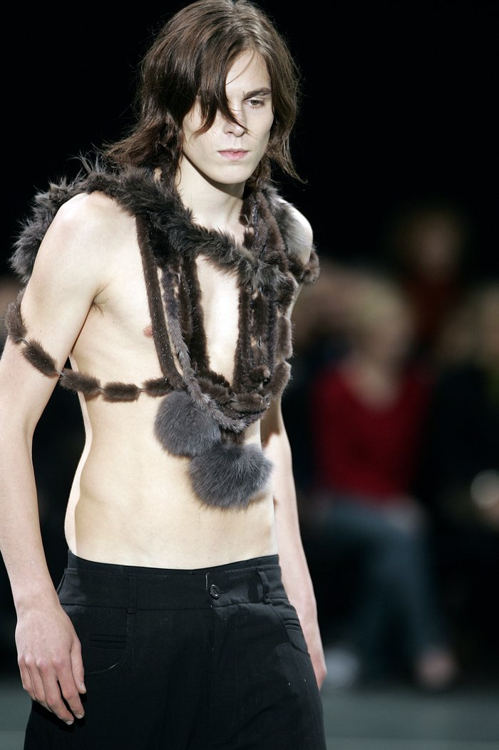 Collections cover rick owens aw05 moog runway 025