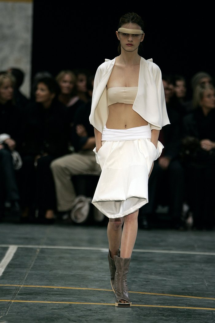 Collections cover rick owens aw05 moog runway 026