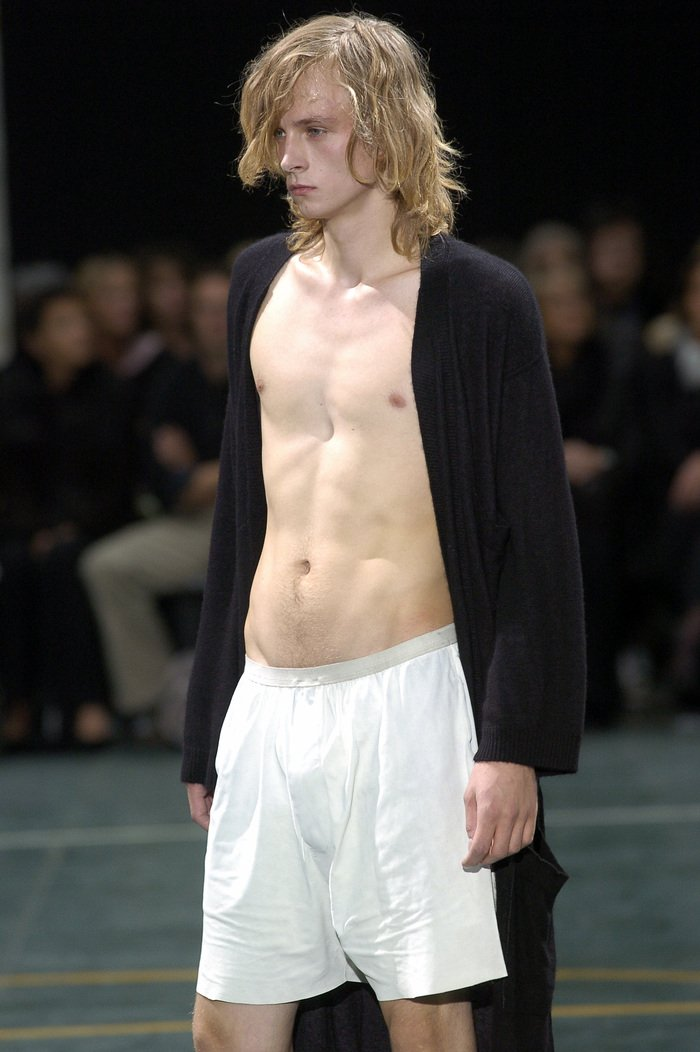 Collections cover rick owens aw05 moog runway 027