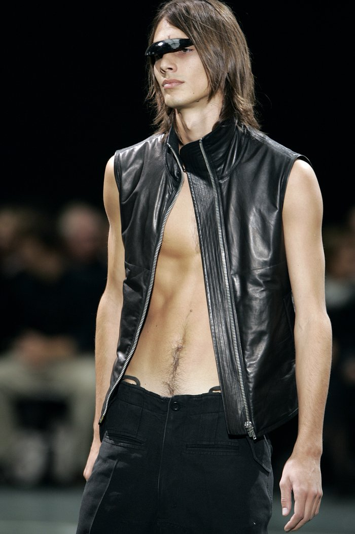 Collections cover rick owens aw05 moog runway 030