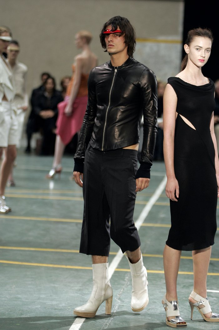 Collections cover rick owens aw05 moog runway 036