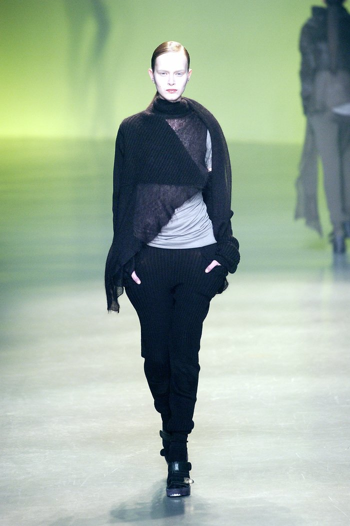 Collections cover rick owens aw04 queen runway 012