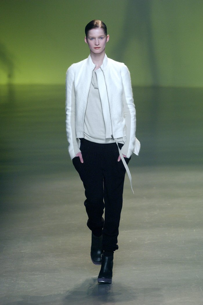 Collections cover rick owens aw04 queen runway 015