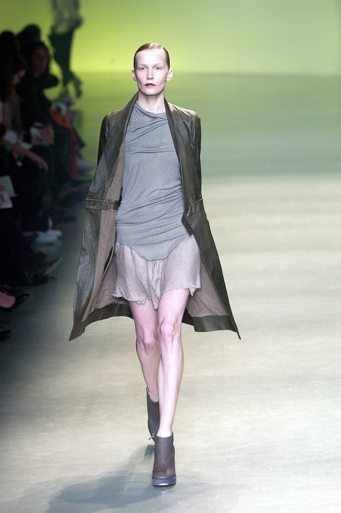 Collections cover rick owens aw04 queen runway 017