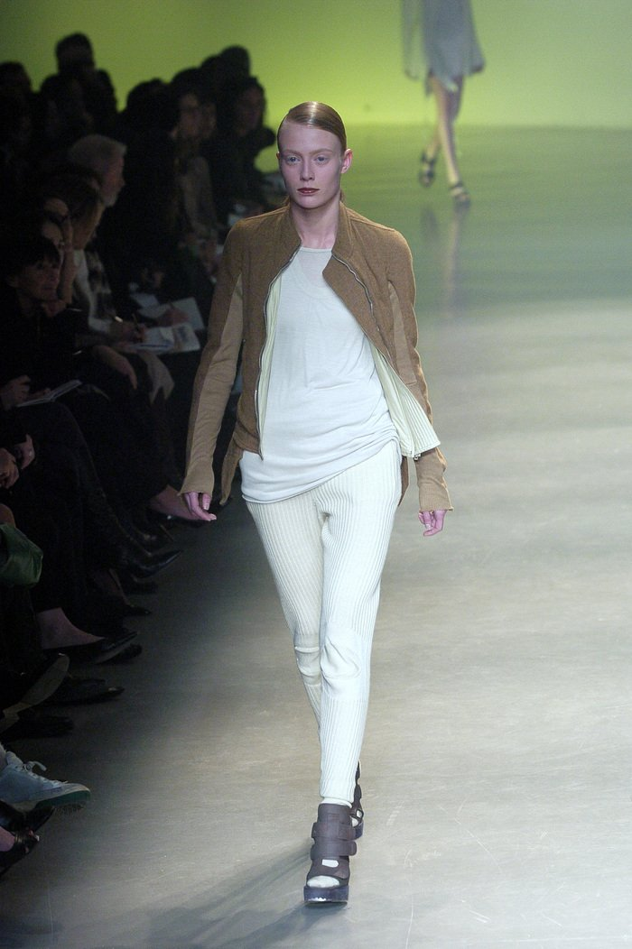 Collections cover rick owens aw04 queen runway 019