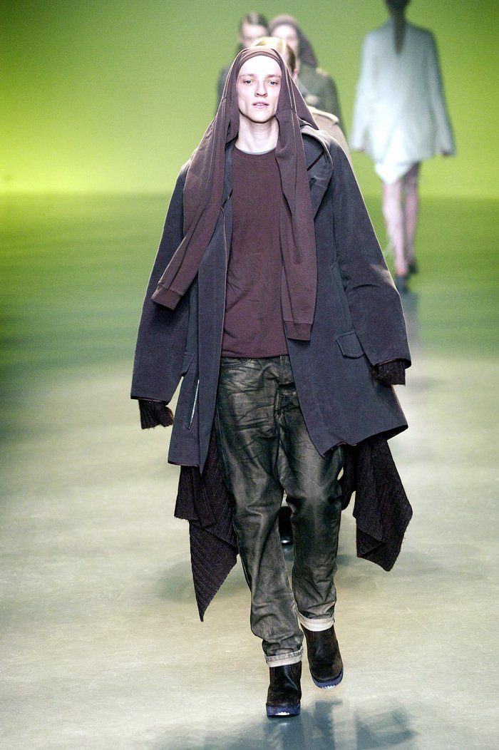 Collections cover rick owens aw04 queen runway 021