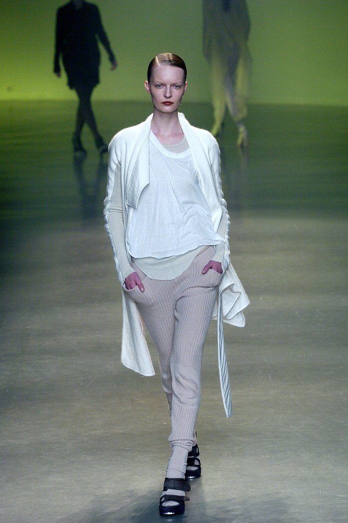 Collections cover rick owens aw04 queen runway 027