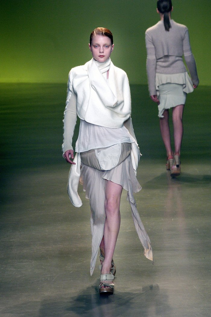 Collections cover rick owens aw04 queen runway 034
