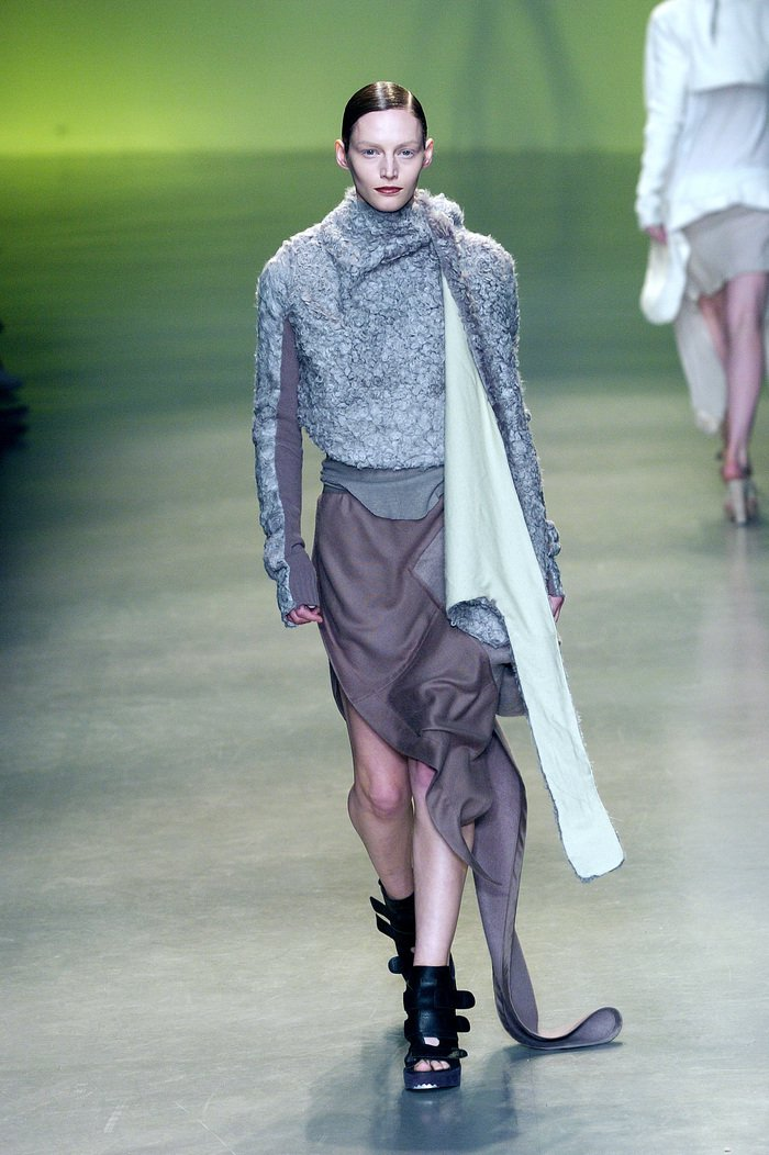 Collections cover rick owens aw04 queen runway 035