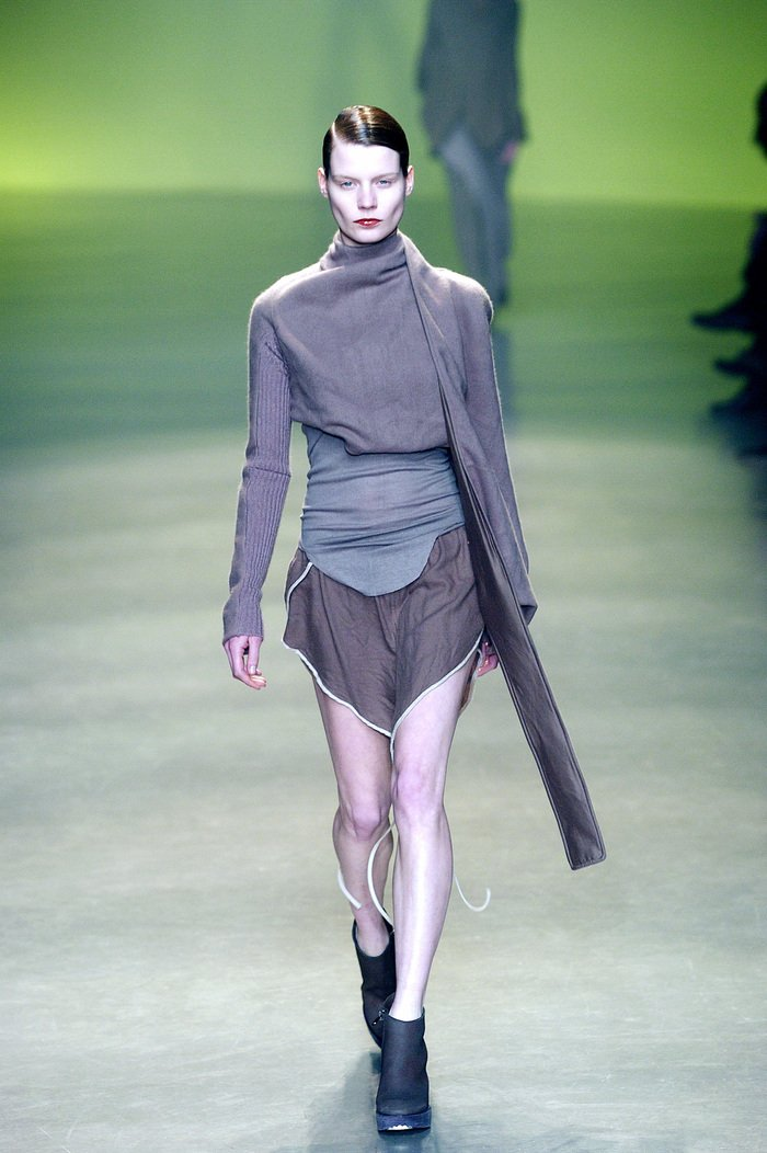 Collections cover rick owens aw04 queen runway 039