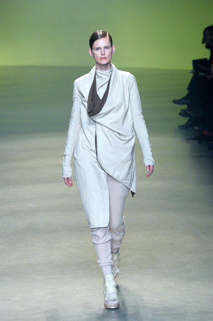 Collections cover rick owens aw04 queen runway 042