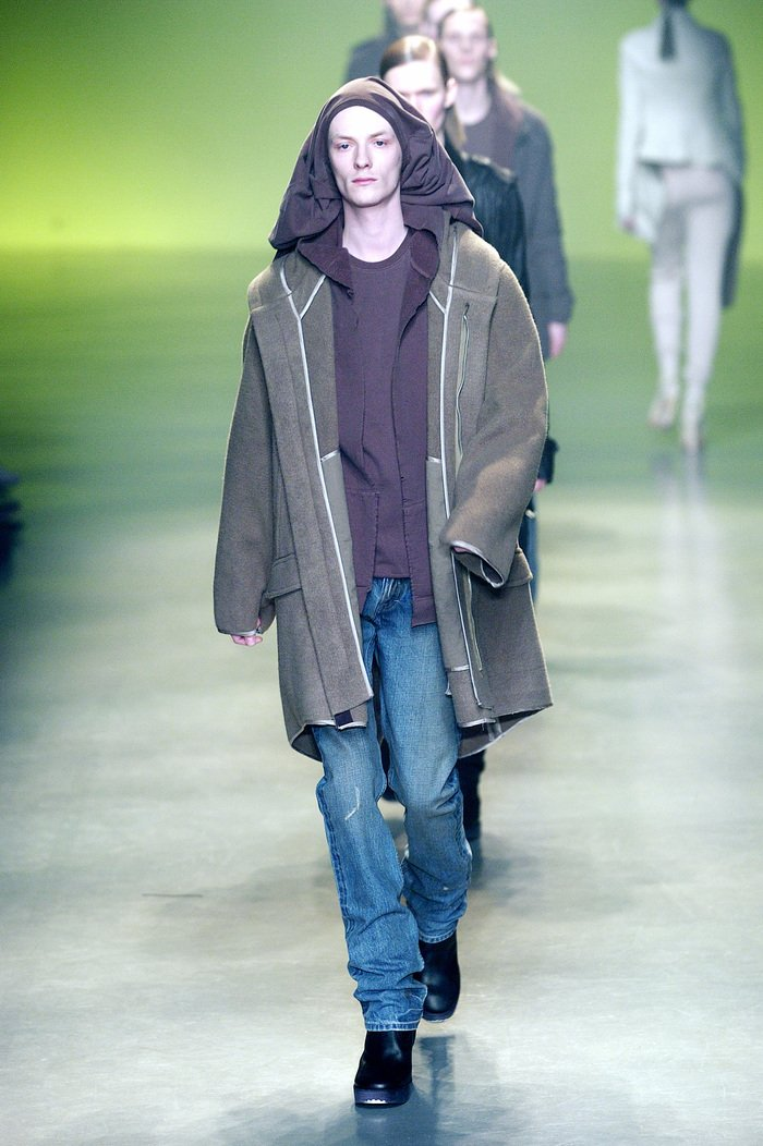 Collections cover rick owens aw04 queen runway 043