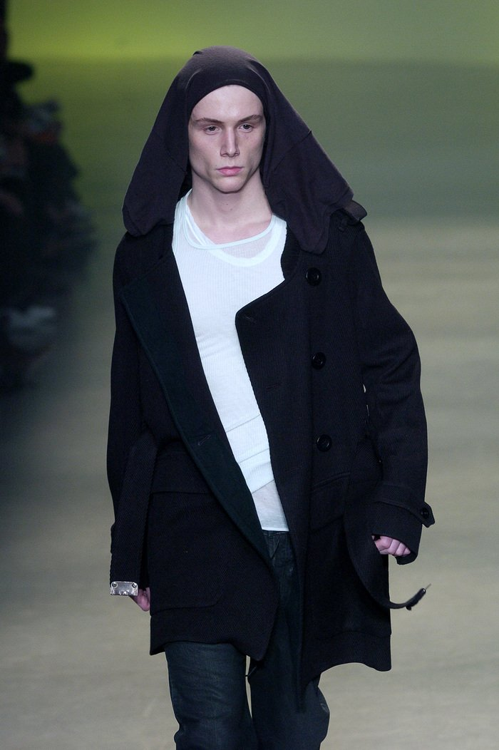Collections cover rick owens aw04 queen runway 048