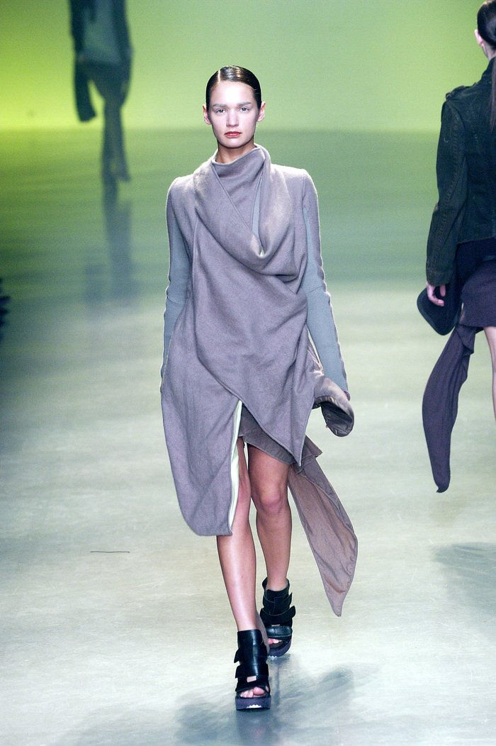Collections cover rick owens aw04 queen runway 050
