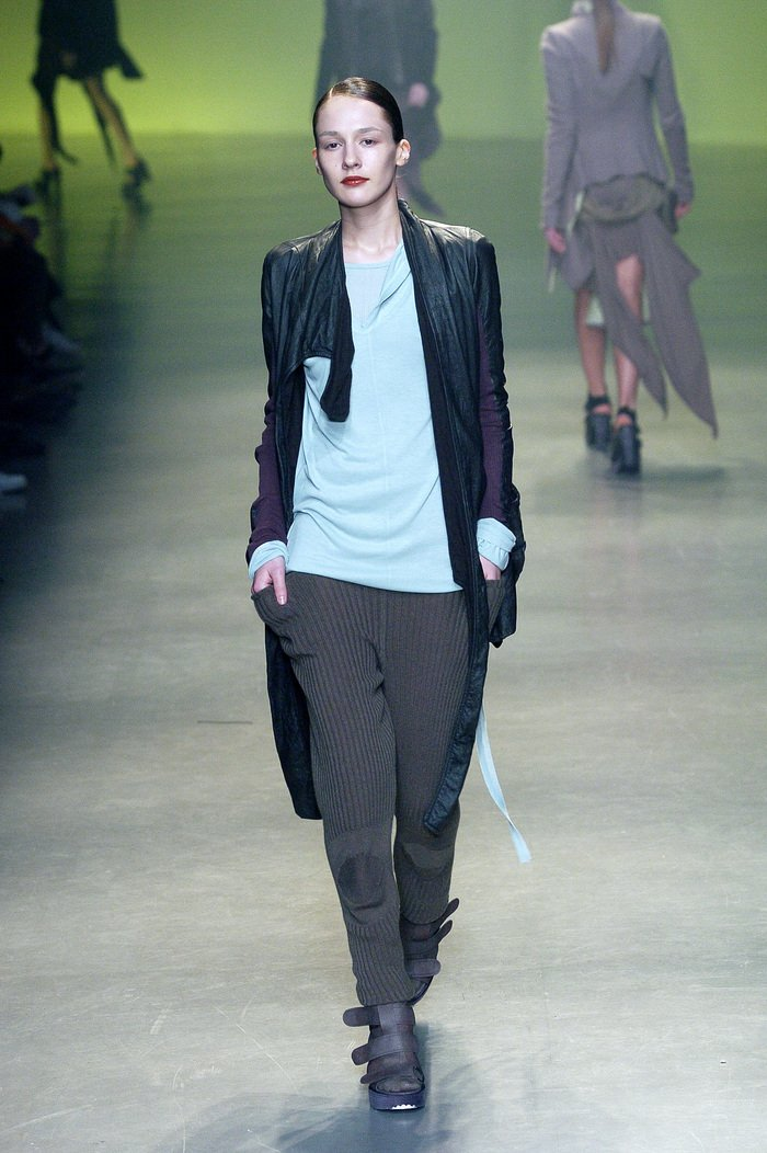 Collections cover rick owens aw04 queen runway 051