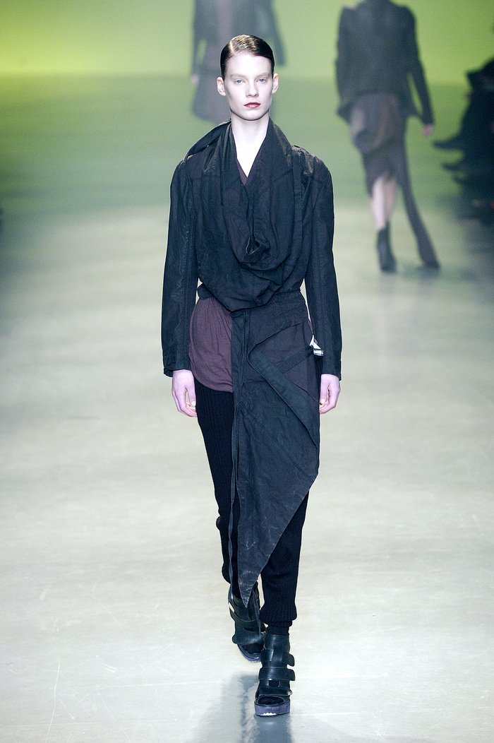 Collections cover rick owens aw04 queen runway 053
