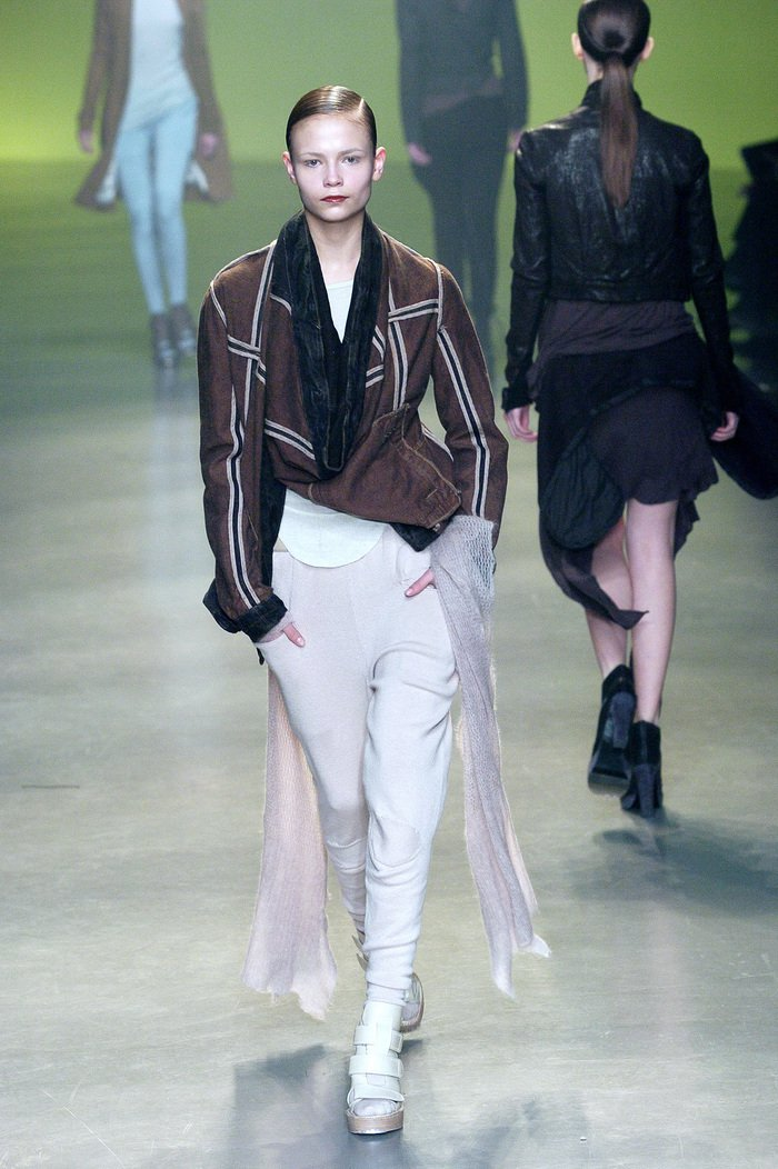 Collections cover rick owens aw04 queen runway 055