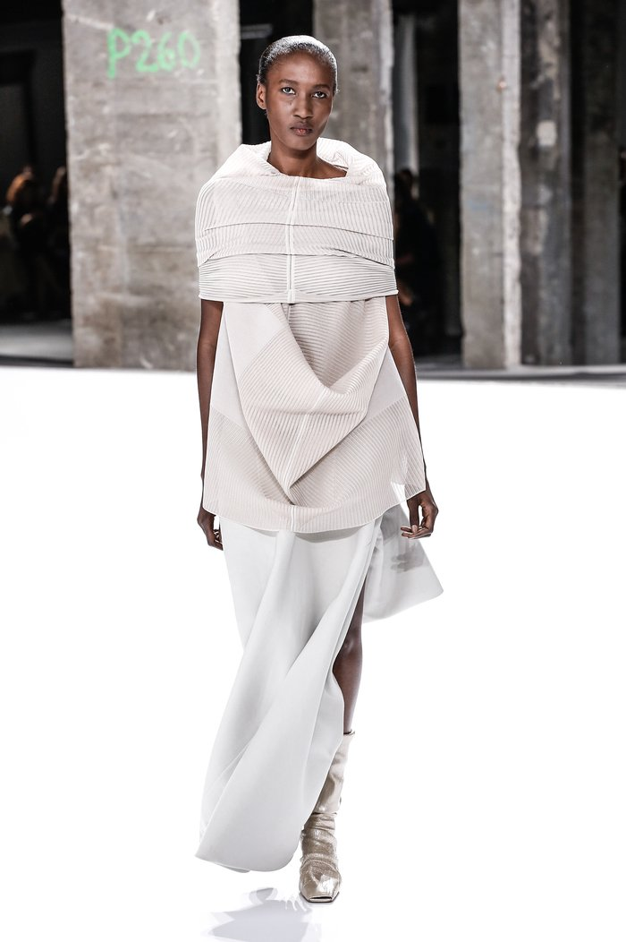 Collections cover rick owens rtw ss17 paris 0251