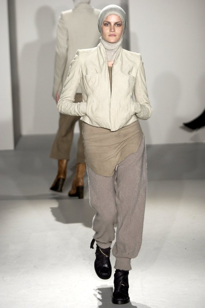Collections cover rick owens fw02 sparrows runway 08