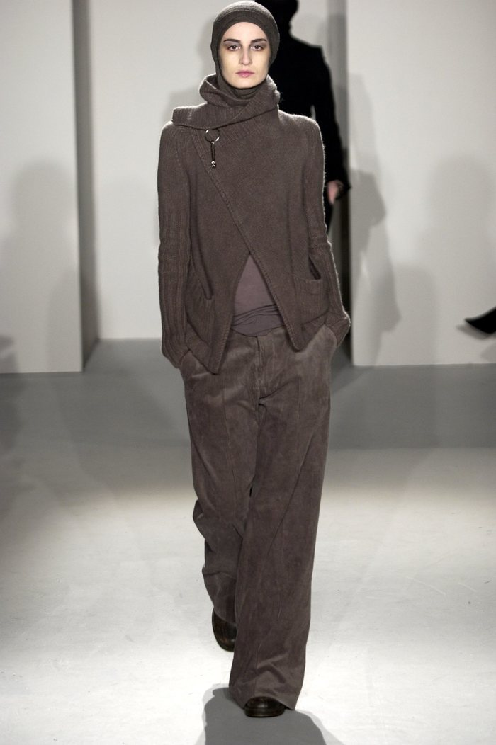 Collections cover rick owens fw02 sparrows runway 09
