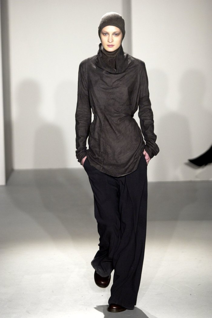 Collections cover rick owens fw02 sparrows runway 010