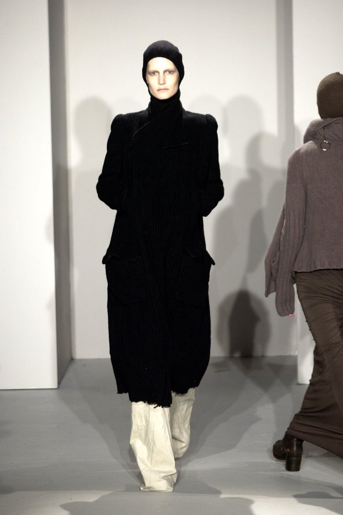 Collections cover rick owens fw02 sparrows runway 017