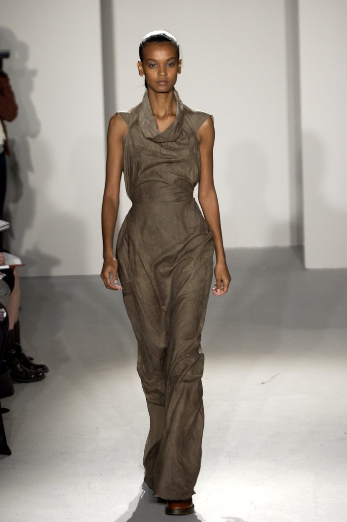 Collections cover rick owens fw02 sparrows runway 030