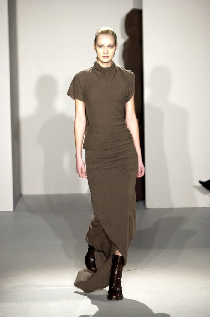 Collections cover rick owens fw02 sparrows runway 025