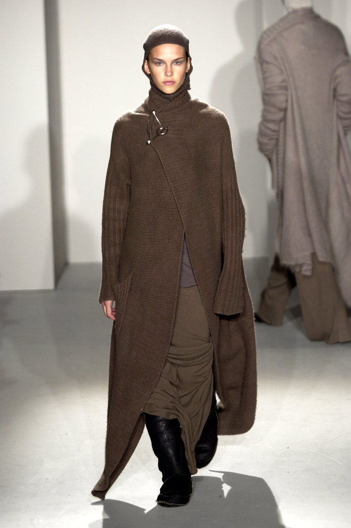 Collections cover rick owens fw02 sparrows runway 022