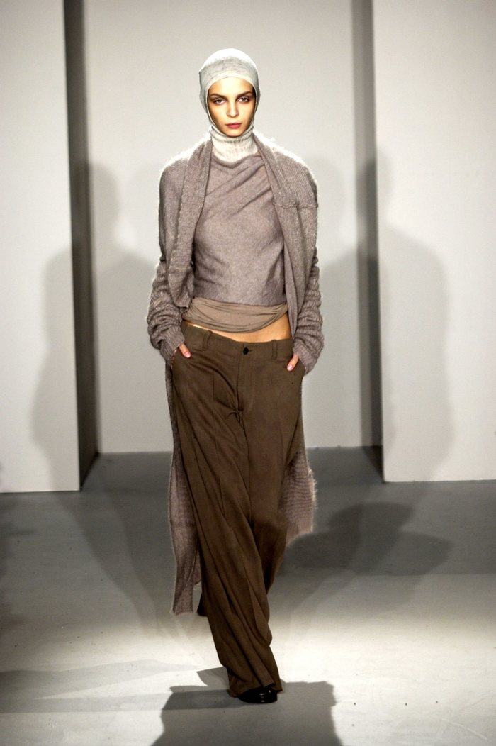 Collections cover rick owens fw02 sparrows runway 020