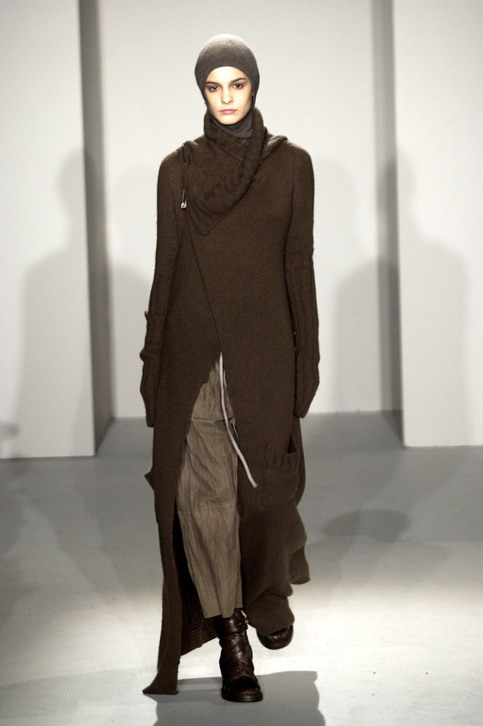 Collections cover rick owens fw02 sparrows runway 019