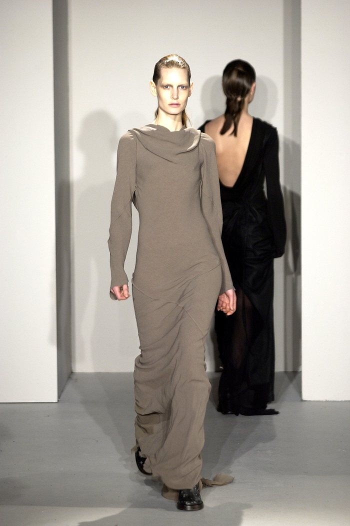 Collections cover rick owens fw02 sparrows runway 033