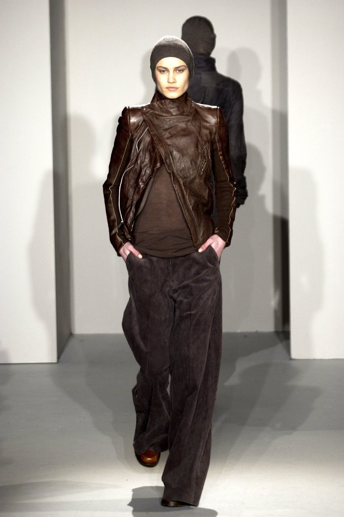 Collections cover rick owens fw02 sparrows runway 012