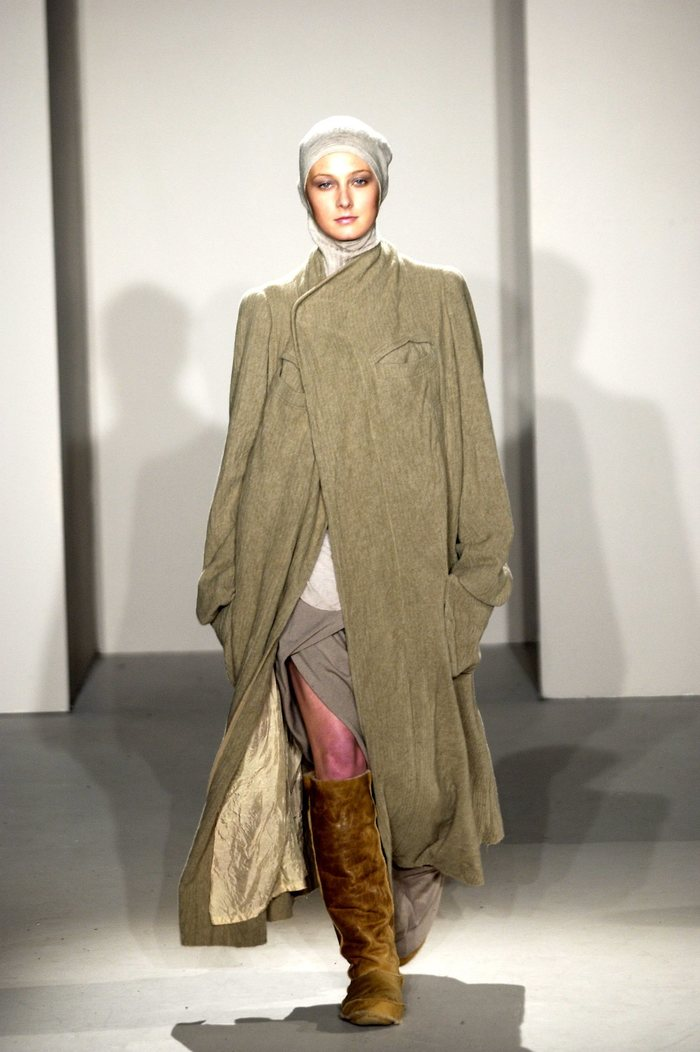 Collections cover rick owens fw02 sparrows runway 016