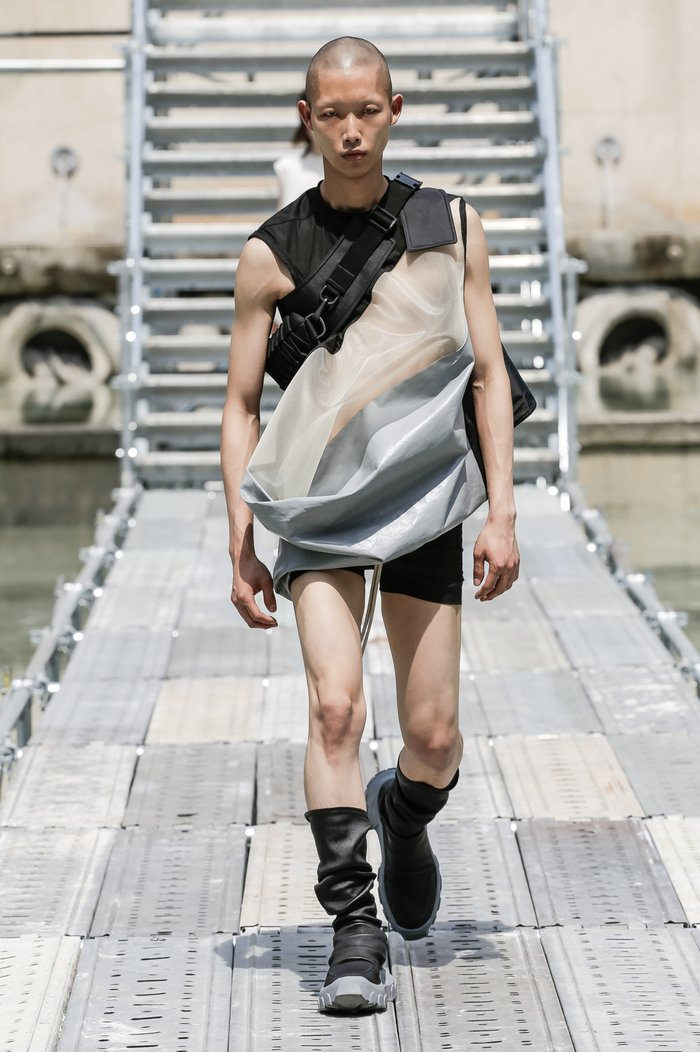 Collections cover rick owens men ss18 look 02 0124