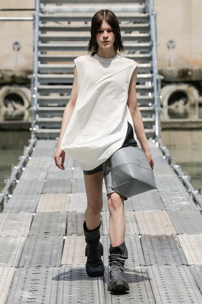 Collections cover rick owens men ss18 look 03 0135