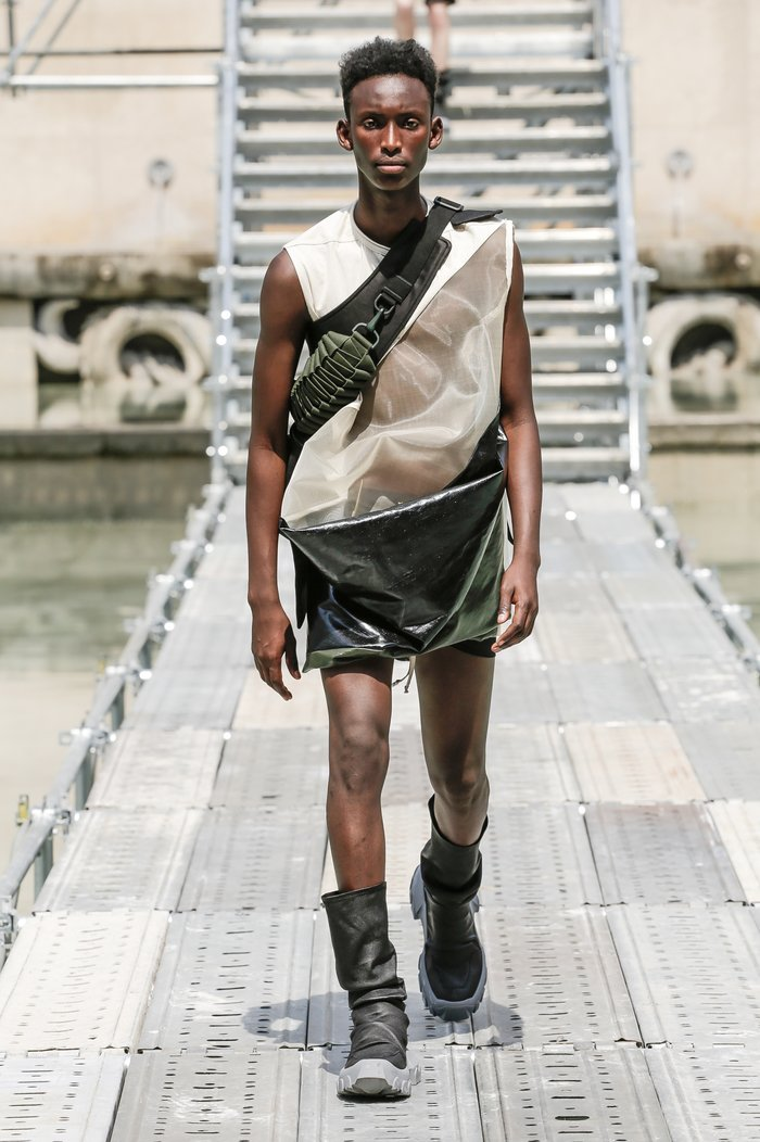 Collections cover rick owens men ss18 look 04 0147