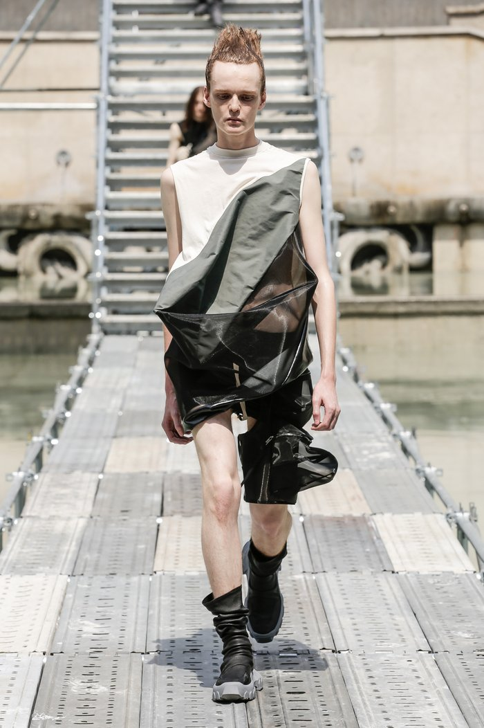 Collections cover rick owens men ss18 look 05 0158
