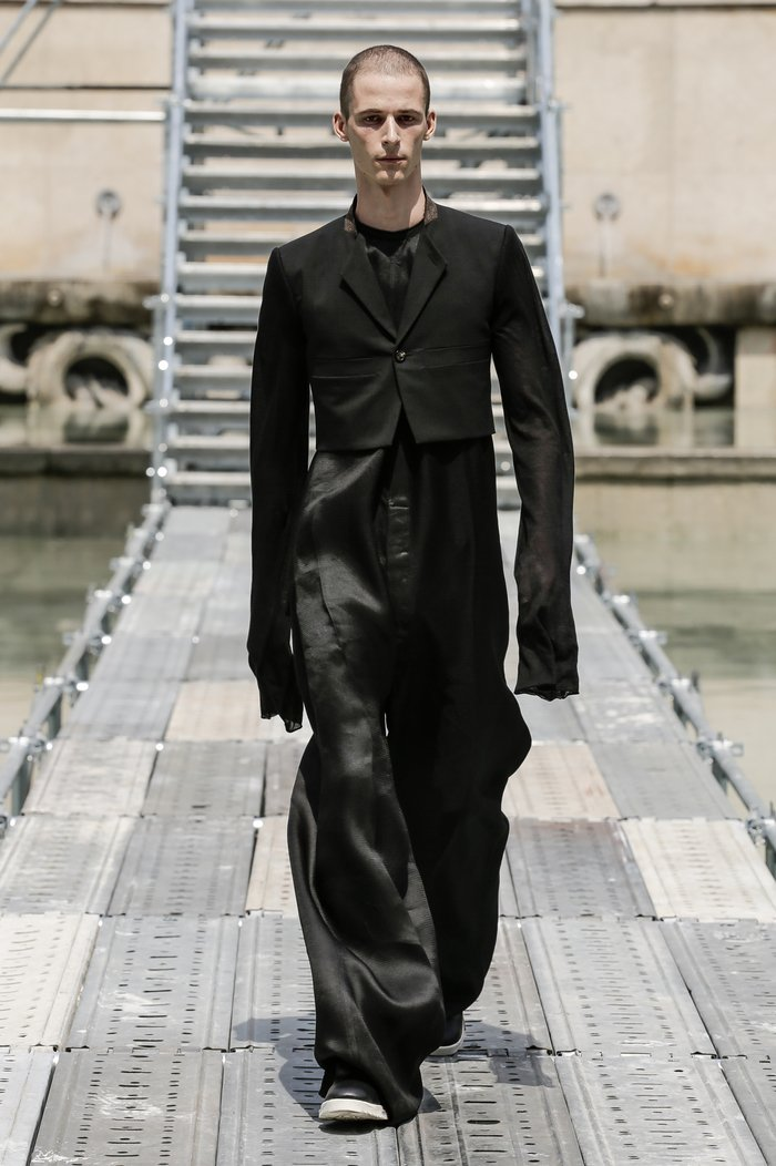 Collections cover rick owens men ss18 look 12 0247