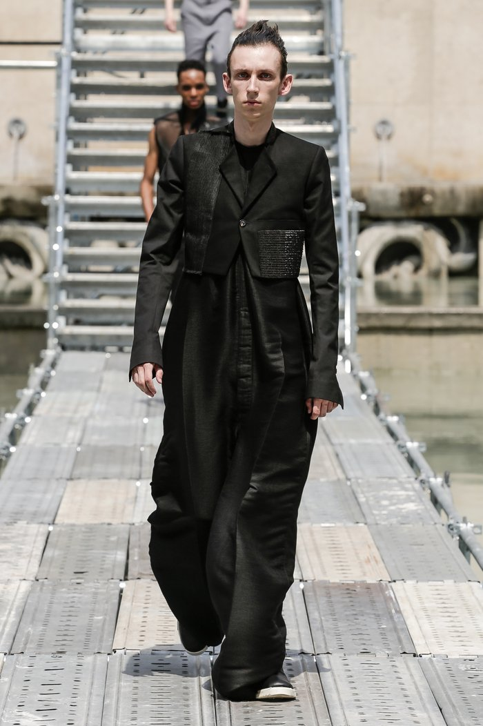 Collections cover rick owens men ss18 look 16 0305
