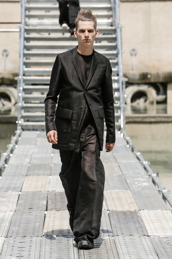 Collections cover rick owens men ss18 look 31 0484