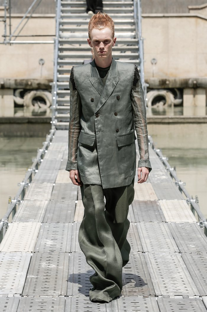 Collections cover rick owens men ss18 look 36 0547