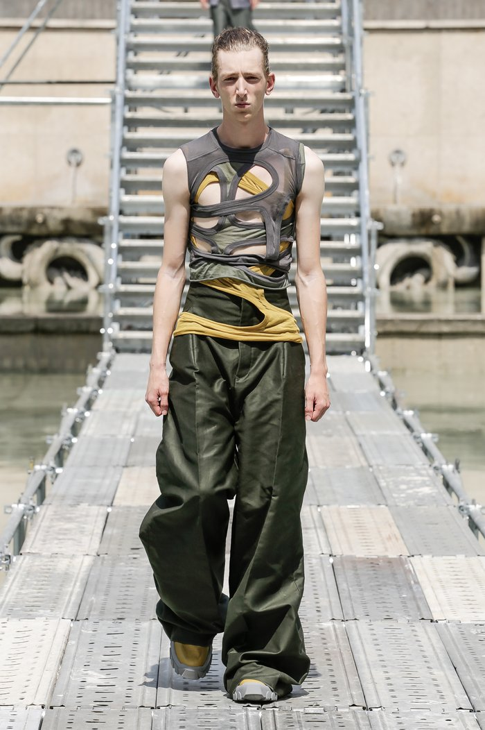 Collections cover rick owens men ss18 look 35 0532