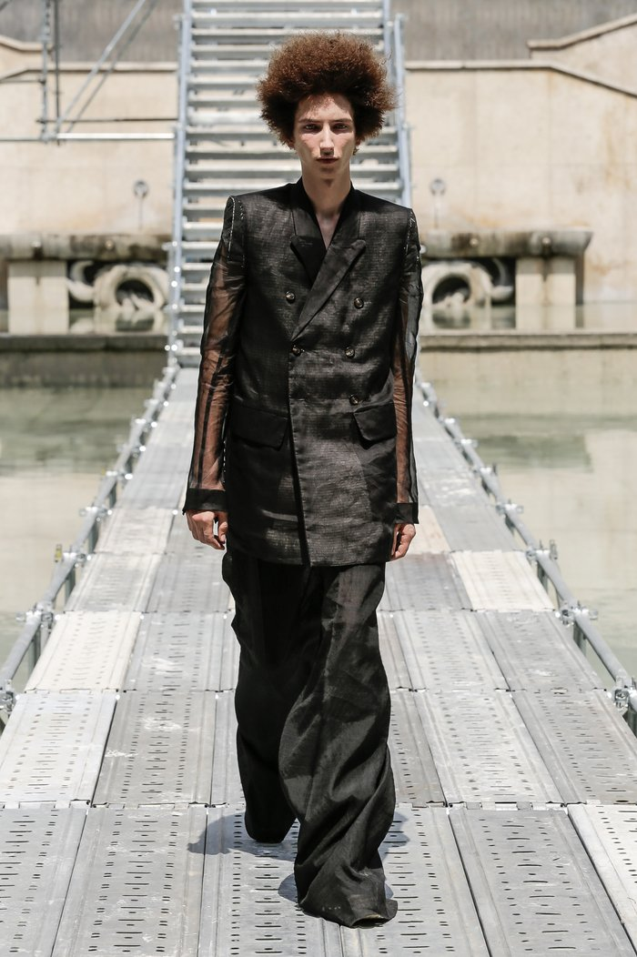 Collections cover rick owens men ss18 look 40 0587